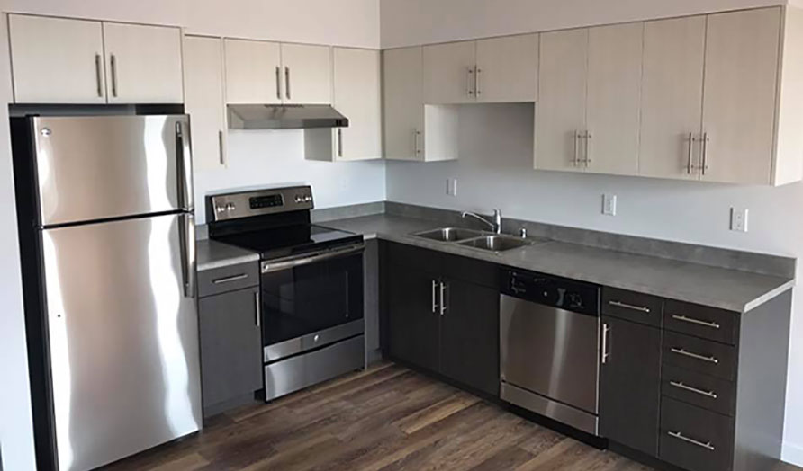 Four Bedroom Unit with Kitchen